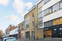2 bedroom Flat for sale in Hoxton Street...