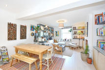 2 bed Flat for sale in Kingsland Road, Dalston...