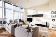 property to rent in Oswald Building, Penthouse. Chelsea Bridge Wharf