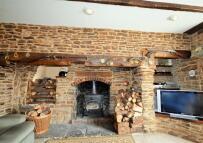 4 bedroom Terraced house for sale in High Street, Stalbridge...