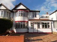 5 bed semi detached house in Christchurch Avenue...