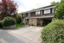 Detached property in Beechwood Close...