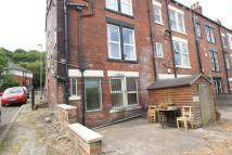 Flat to rent in Meanwood Road, Meanwood...
