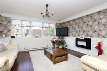 Town House for sale in LEERDAM DRIVE, London...