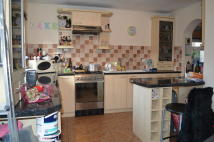 2 bedroom End of Terrace house to rent in Cardiff Road, Llandaff...