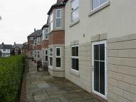1 bedroom Flat in 14, Bromley Court...