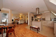Apartment for sale in Sevenoaks, Kent