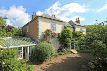 8 bed Detached house for sale in Wateringbury, Kent