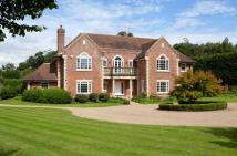5 bed Detached home in Wildernesse Avenue...
