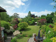 4 bed Detached house for sale in Wateringbury, Kent