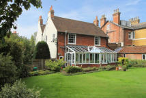 4 bed property for sale in Farningham, Kent