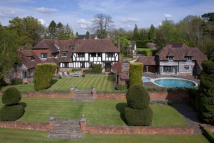 6 bedroom Detached property in Bessels Green, Sevenoaks...