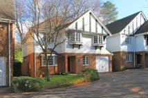 4 bed Detached property for sale in London Road, Sevenoaks...