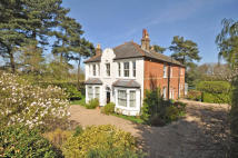 5 bed Detached house for sale in Halstead, Kent