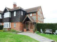 Cottage to rent in Radlett
