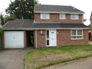 4 bed Detached home in Grovebury Close...