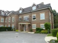 2 bedroom Flat in Radlett, Herts