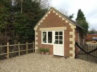 1 bed Detached Bungalow in Leigh Road, Holt...