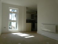 Apartment to rent in Lennard Road, London, BR3