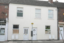 2 bed Ground Flat to rent in VICTORIA ROAD...