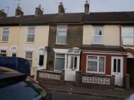 2 bed house in Trafalgar Road East...