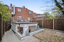 Flat for sale in Knights Hill, SE27