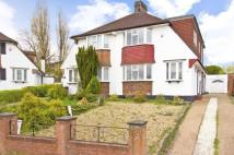 3 bedroom semi detached property for sale in Lamberhurst Road, London...