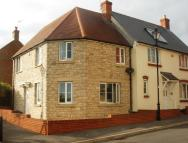 STANDFAST WALK semi detached house to rent