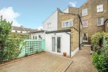 2 bedroom Flat for sale in Kemerton Road