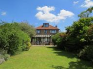 4 bedroom Detached property in Esher Road, East Molesey...