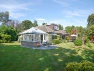 3 bed Chalet for sale in Courtleas, Cobham