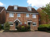 4 bedroom semi detached property to rent in Northfield Farm Mews...