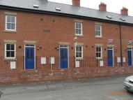 Terraced property to rent in Old Coleham