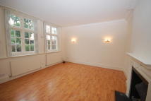 4 bedroom house to rent in Bedford Gardens, London...