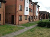 1 bedroom Ground Flat in Chequers Road, Gloucester