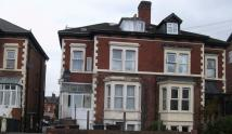 1 bedroom Ground Flat in London Road, Gloucester