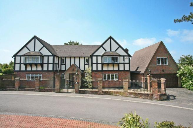 6 bedroom detached house for sale in hertford for 5000 sq ft home