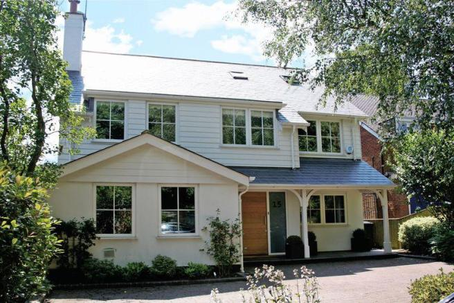 6 bedroom detached house for sale in hagsdell road for Modern new england homes