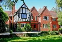 6 bed Detached property for sale in Hoddesdon, Hertfordshire