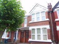 2 bed Ground Flat to rent in Vaughan Road, Harrow...