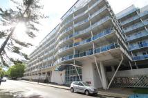 2 bed Apartment to rent in Lyon Road, Harrow