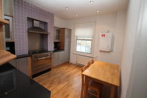 1 bed Apartment in Mackenzie Road, London...