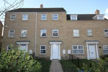 4 bedroom Town House to rent in Robertson Way, Sapley