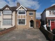 3 bedroom property to rent in Sixth Avenue, Watford...