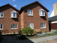 Ground Flat for sale in Manor Court...