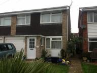 house to rent in Hall Close, Mill End...