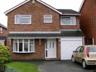 4 bedroom Detached house in Willoughby Close...