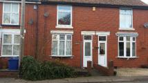 CLEETON STREET Terraced house to rent