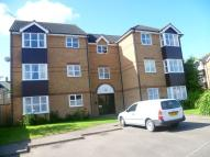 Flat to rent in Elgar Drive, Shefford...