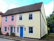 3 bed semi detached house in Chelmsford Road, Felsted...
